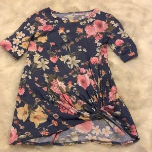 Small floral tee shirt.
